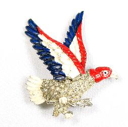 Little Nemo rhinestone and enameled eagle pin